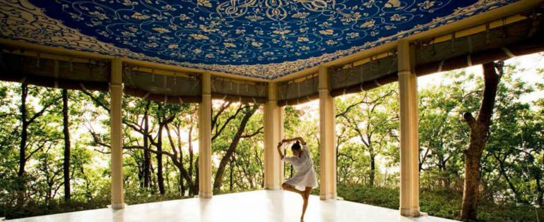 Ananda In The Himalayas – A State Of Bliss